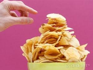 임신 후 먹는 감자칩, 흡연만큼 태아에 안좋아